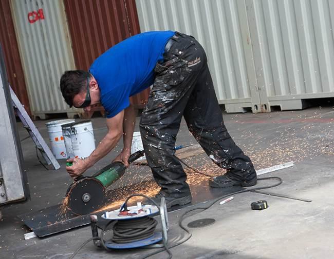 Thanh lý container văn phòng phải trải qua quá trình sửa chữa cẩn thận để đảm bảo an toàn